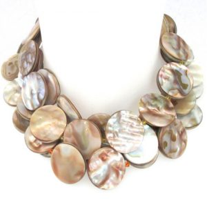 Bib shell necklace