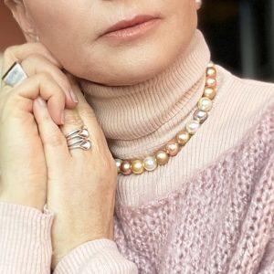 multi coloured faux pearl necklace